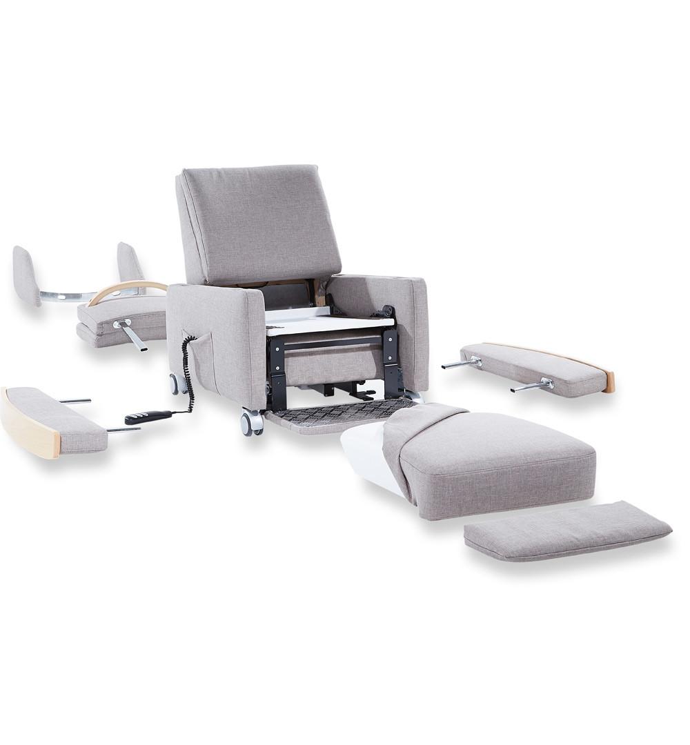 Die einzelnen Komponenten des Sessels sind modular und lassen sich je nach Bedarf leicht montieren oder demontieren.
