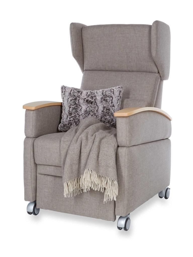 viando der flexible pflegesessel kranich care produkte. Black Bedroom Furniture Sets. Home Design Ideas