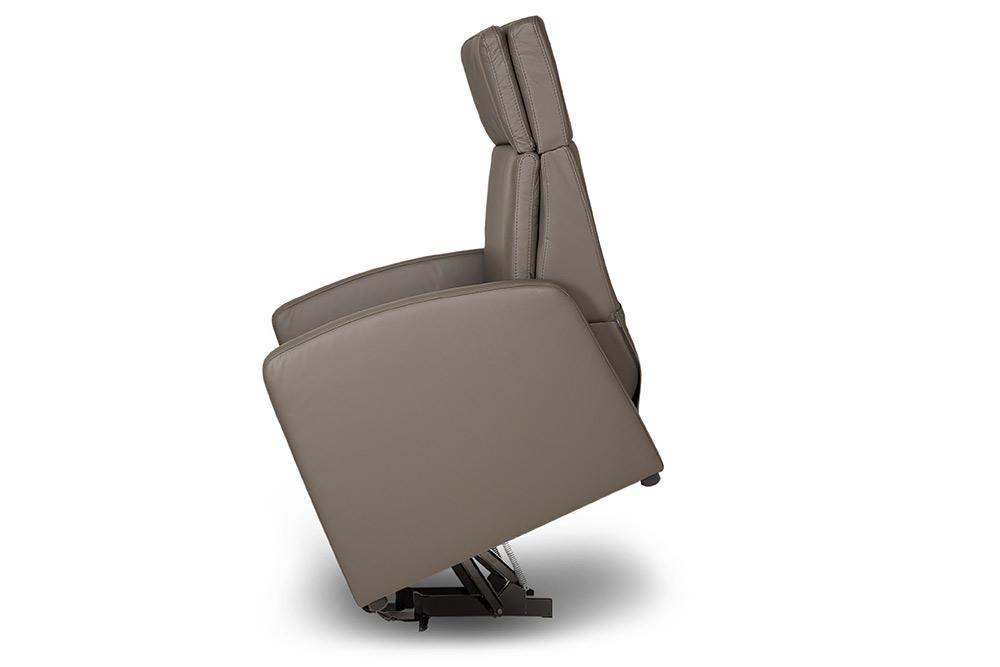 relaxsessel funktionen in videos gezeigt viandorelax der ruhesessel kranich care produkte. Black Bedroom Furniture Sets. Home Design Ideas