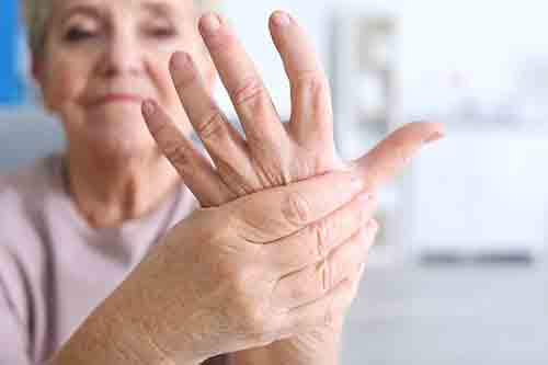 VIANDO+ Pflegesessel als Hilfsmittel bei Parkinson