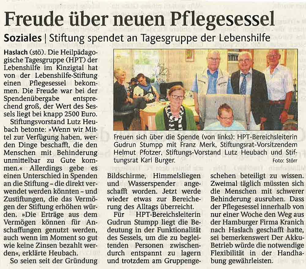 VIANDO Pflegesessel: Zeitungsbericht der Spendenübergabe der Lebenshilfe-Stiftung an die Heilpädagogische Tagesgruppe in Elzach