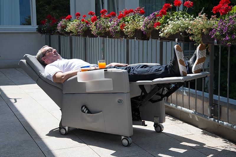 pflegeoptimierung pflegesessel viandopflege zur hilfe. Black Bedroom Furniture Sets. Home Design Ideas