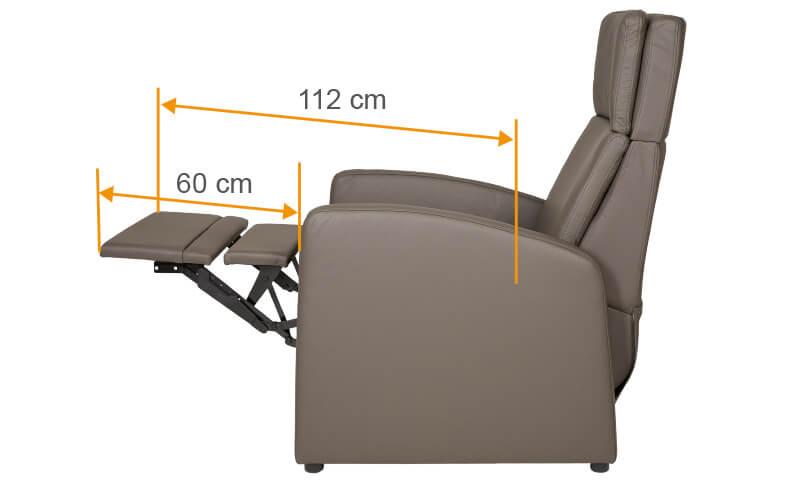 Der Seniorensessel mit motorischer / elektrischer Aufstehhilfe und Beinauflage für gesundes Sitzen