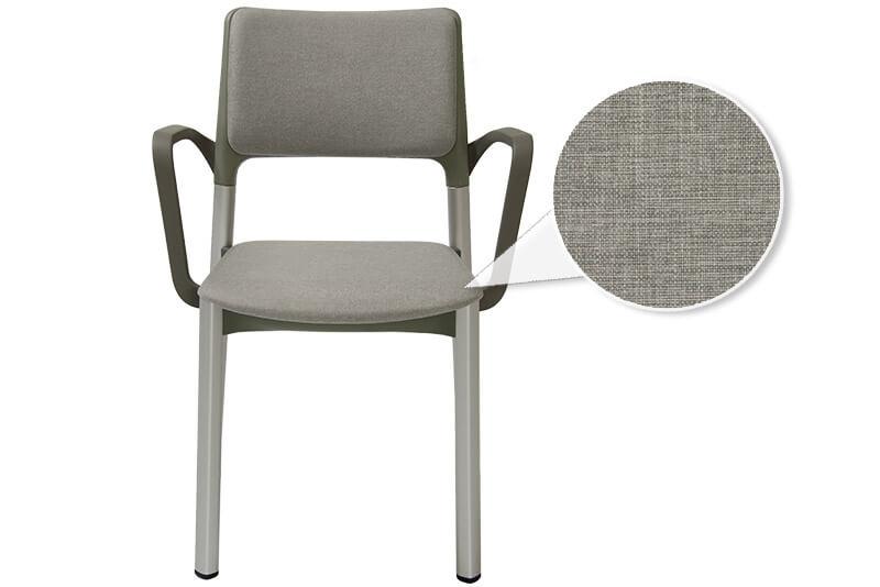 Stuhl gepolstert mit Armlehnen